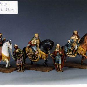 107-Reyes-a-caballo-600x440